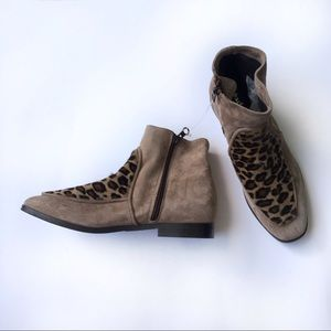 NWOT Charles David Suede/Leopard Booties size 7 US